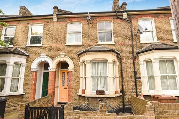 3 Bedrooms Terraced House for sale in Hicks Street, London