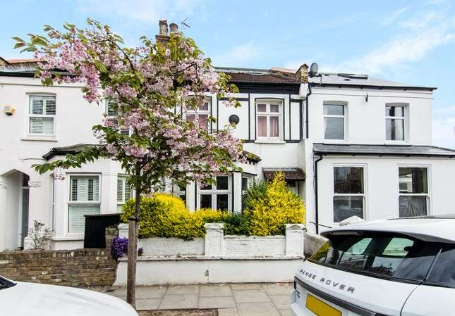 4 Bedrooms Terraced House for sale in Cunnington Street, Chiswick