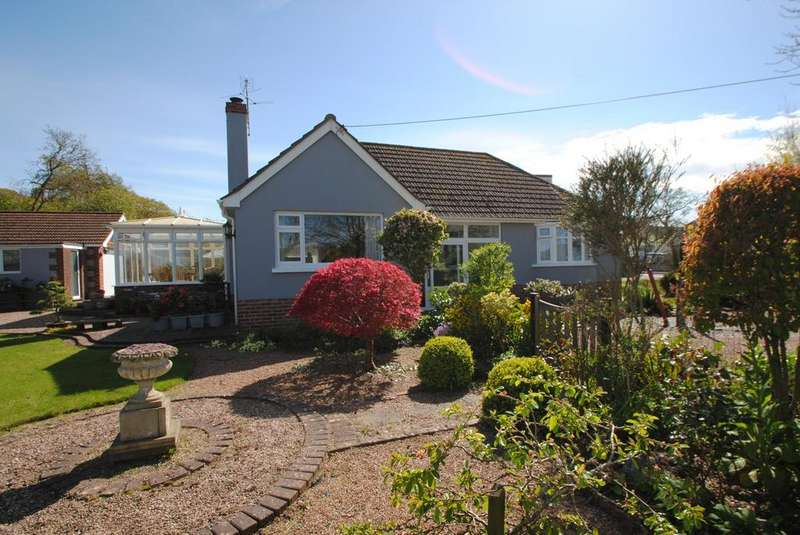 4 Bedrooms Detached House for sale in Allenstyle Road, Yelland