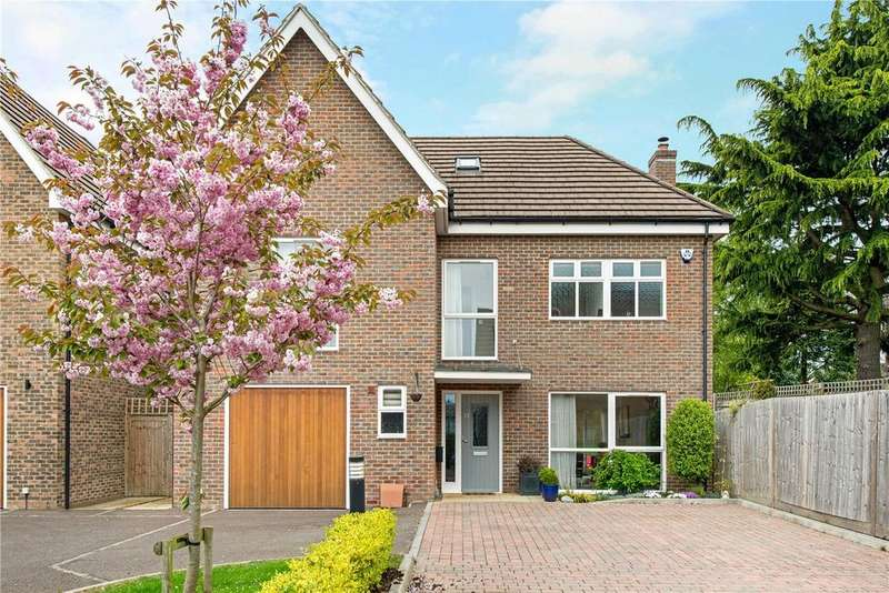 5 Bedrooms Detached House for sale in Upper Hill Rise, Rickmansworth, Hertfordshire, WD3