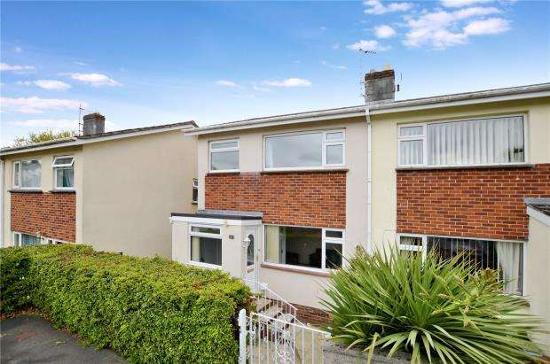 3 Bedrooms Semi Detached House for sale in Barton Drive, Newton Abbot, Devon