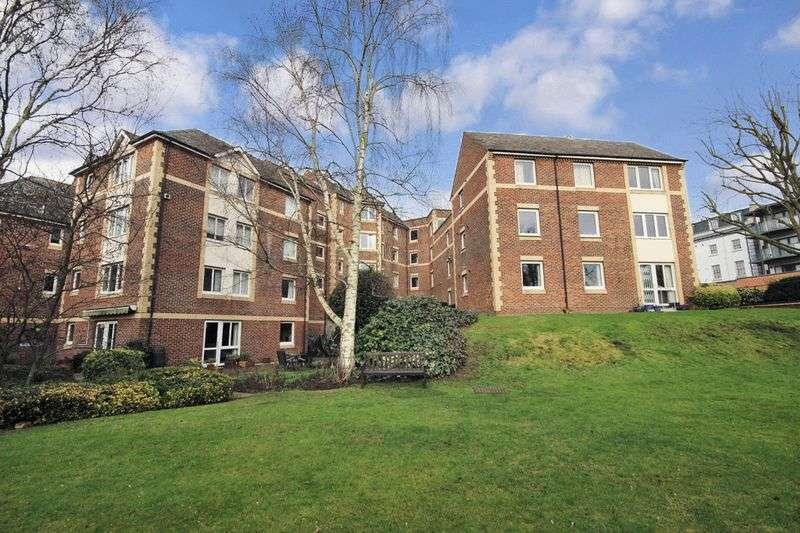 1 Bedroom Retirement Property for sale in Homewalk House, Sydenham, SE26 4NN