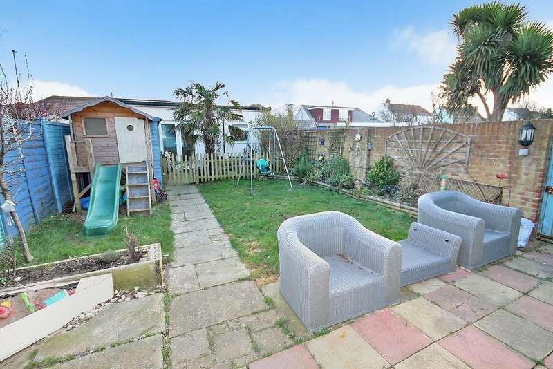 3 Bedrooms Semi Detached House for sale in West Way, Lancing, BN15 8NB
