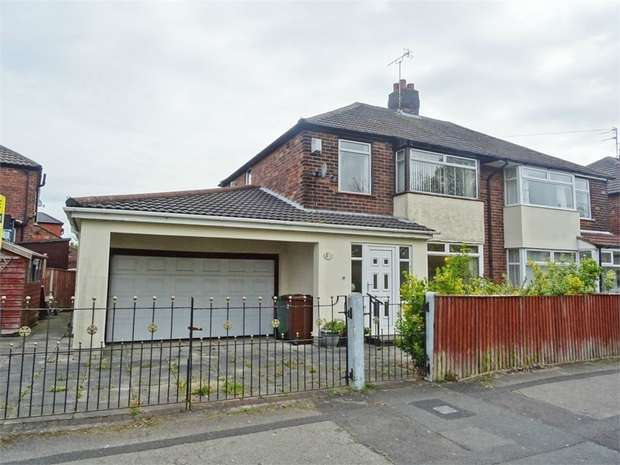 3 Bedrooms Semi Detached House for sale in Warrington Road, Rainhill, Prescot, Merseyside