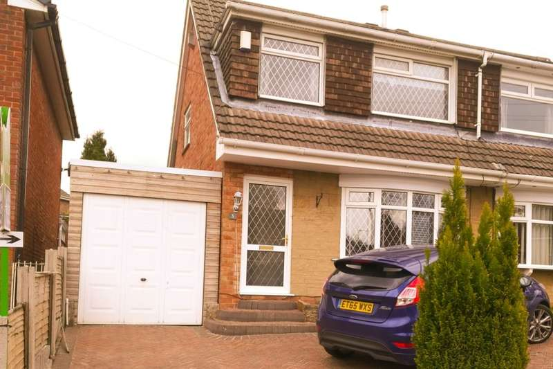 3 Bedrooms Semi Detached House for sale in St. Martins Drive, Blackburn, BB2