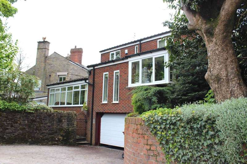 4 Bedrooms Detached House for sale in White Hill, Off Belmont Road, Sharples