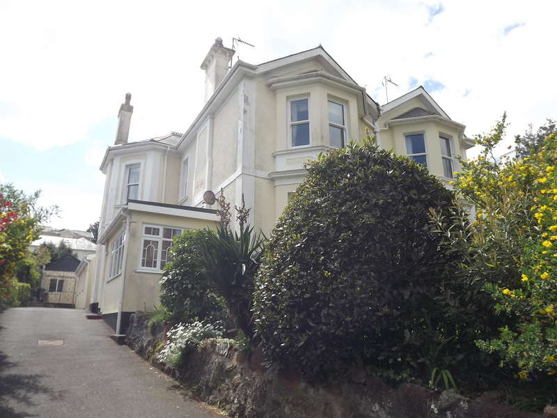 5 Bedrooms Semi Detached House for sale in Vicarage Road, Chelston, Torquay