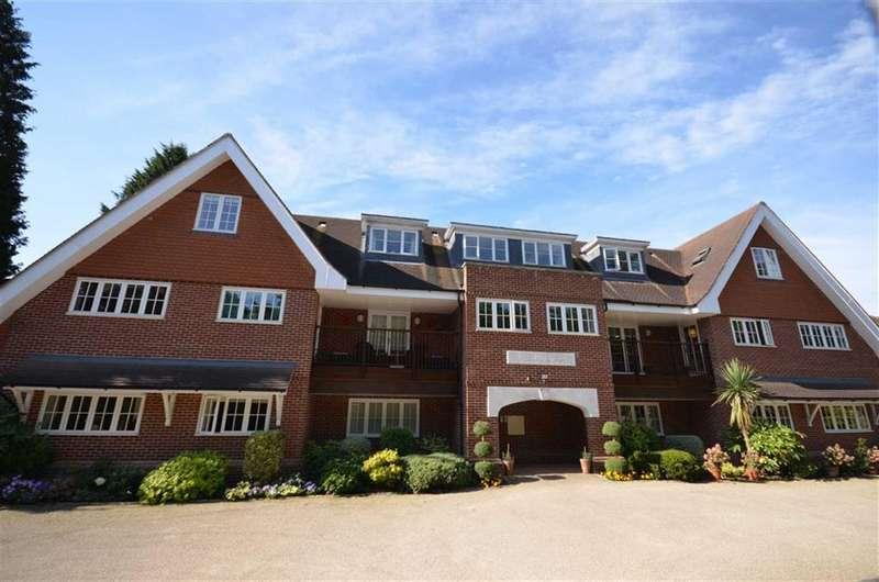 3 Bedrooms Property for sale in Waverley Heights, 58 Waverley Lane, Farnham