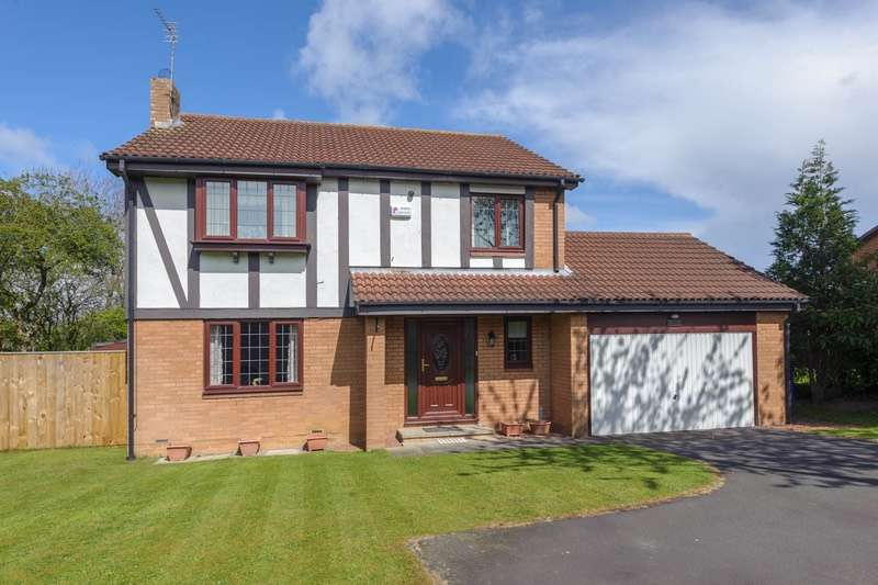 5 Bedrooms Detached House for sale in Silkwood Close, Cramlington, Northumberland, NE23