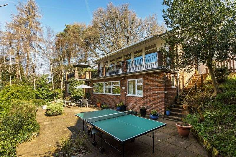 5 Bedrooms Detached House for sale in Tower Hill, Dorking