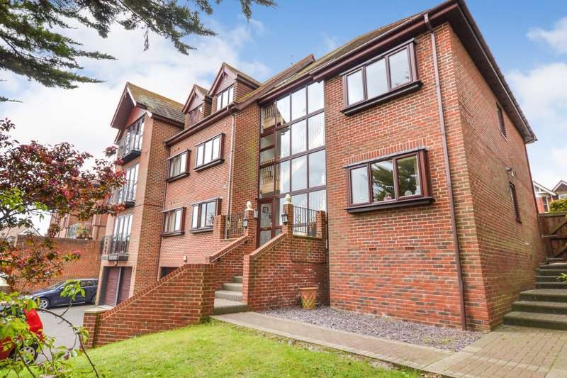 2 Bedrooms Flat for sale in Bedfordwell Road, Eastbourne, BN21