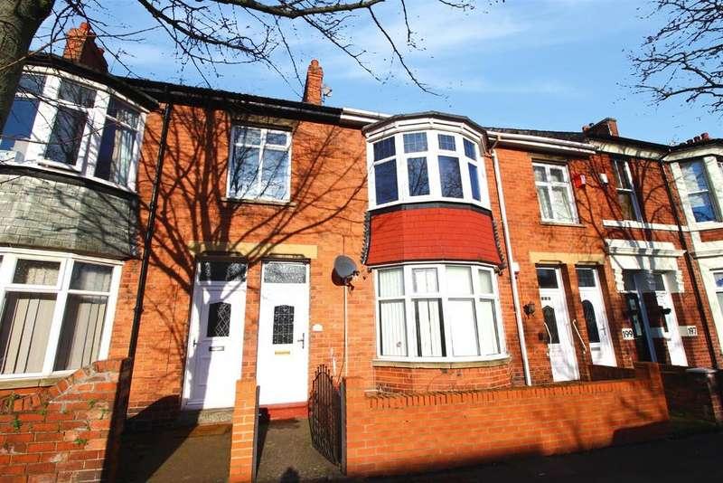 3 Bedrooms Flat for sale in Queen Alexandra Road, North Shields