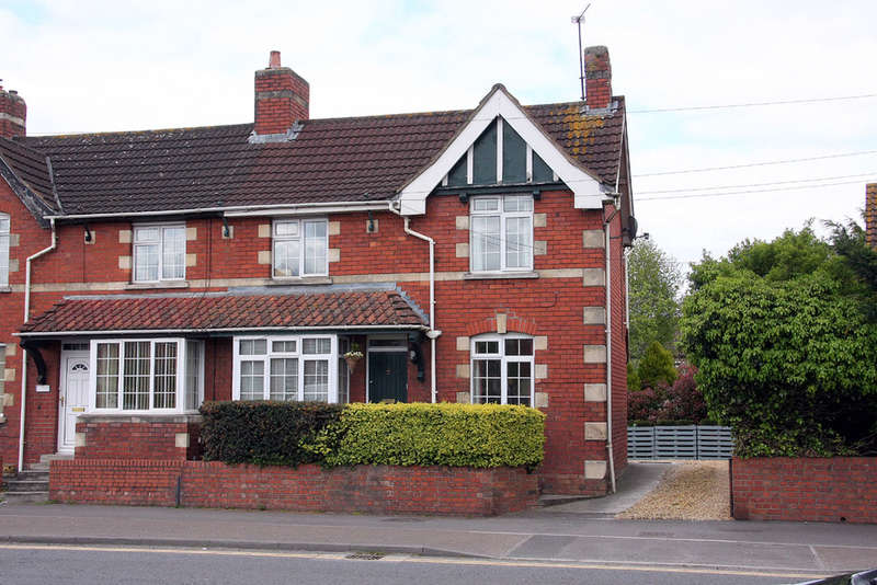 2 Bedrooms End Of Terrace House for sale in Beanacre Road, Melksham