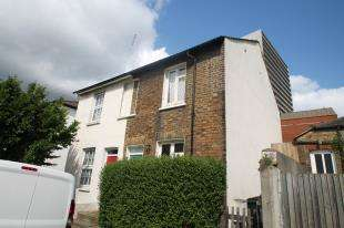2 Bedrooms House for sale in Wandle Road, Croydon