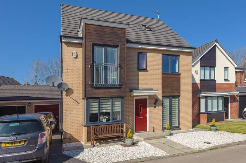5 Bedrooms Detached House for sale in St. Lukes Place, Hebburn, Tyne and Wear, NE31