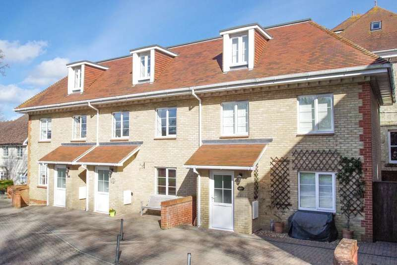 3 Bedrooms Terraced House for sale in Manor Road, Shanklin PO37