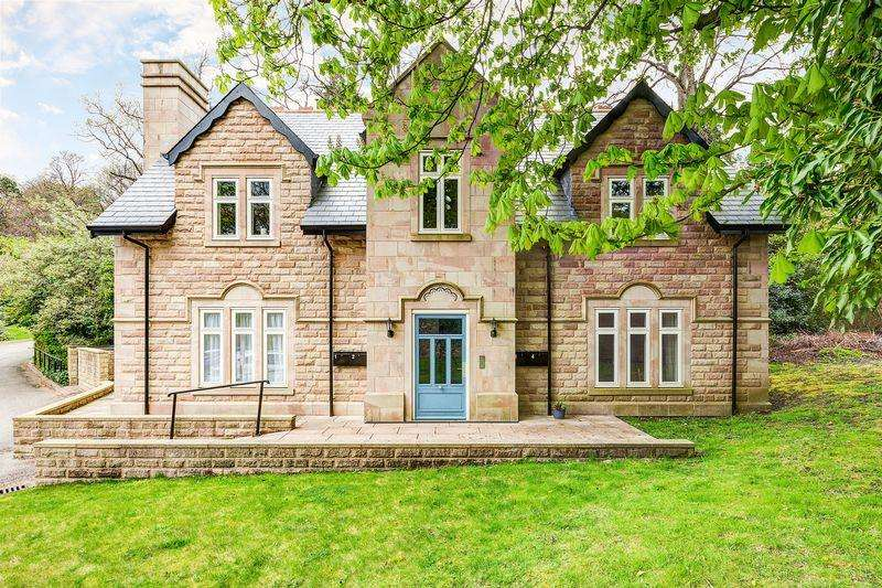 2 Bedrooms Apartment Flat for sale in Manchester Road, Broomhill, Sheffield