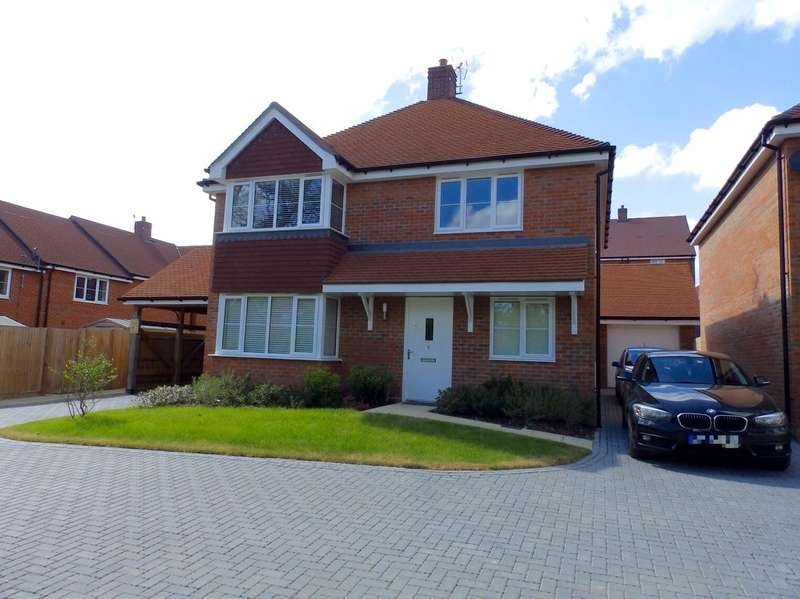 4 Bedrooms Detached House for sale in Nye Close, Wickhurst Green, Broadbridge Heath, Horsham
