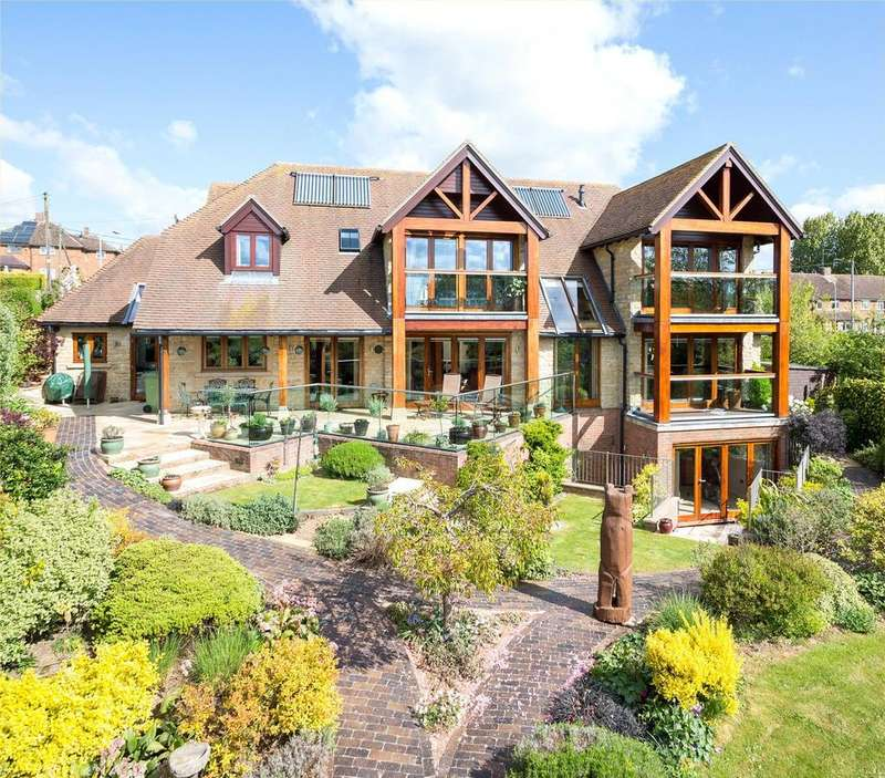 5 Bedrooms Detached House for sale in Olney, Buckinghamshire, MK46