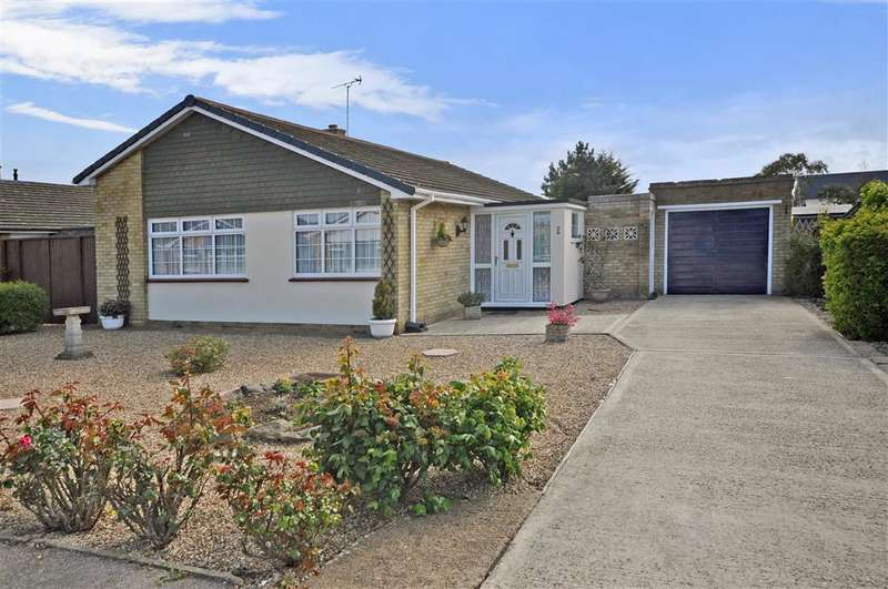 3 Bedrooms Bungalow for sale in Highfields Avenue, Herne Bay, Kent
