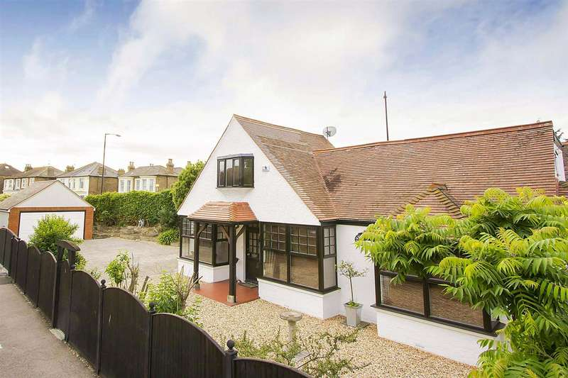 4 Bedrooms Detached House for sale in All Saints Avenue, Margate