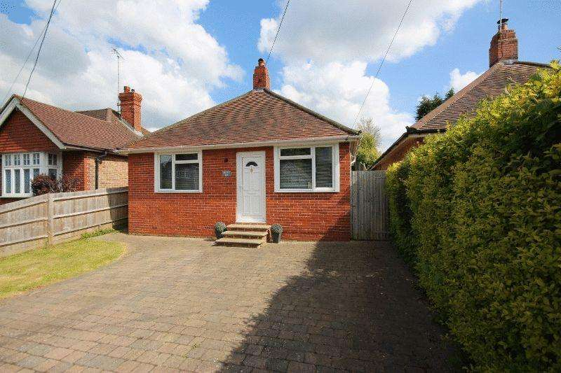 3 Bedrooms Detached Bungalow for sale in Western Road, Haywards Heath