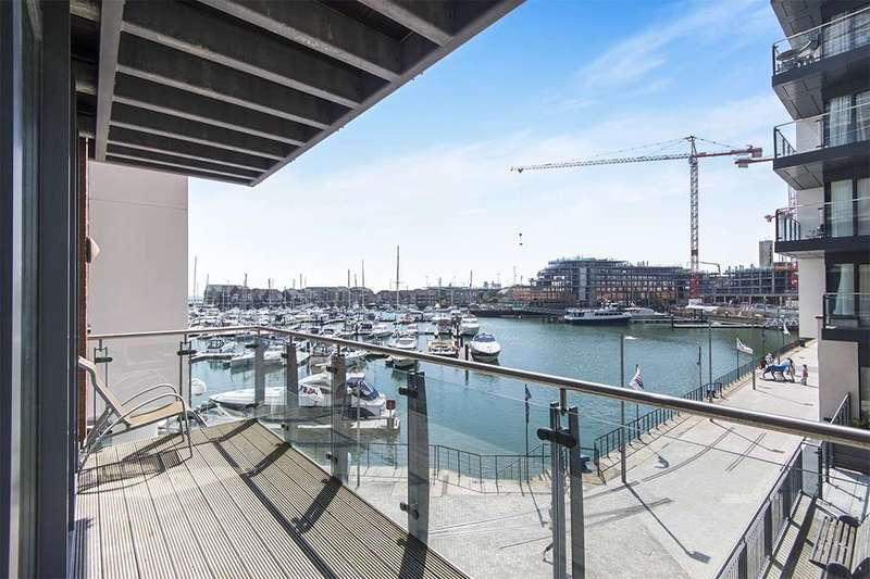 2 Bedrooms Flat for sale in Channel Way, Ocean Village, Southampton, SO14