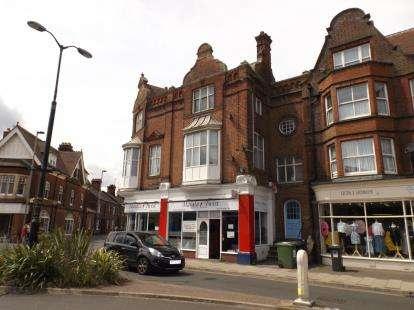 3 Bedrooms Flat for sale in Prince Of Wales Road, Cromer, Norfolk