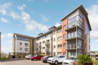 2 Bedrooms Flat for sale in Leyland Road, Motherwell, North Lanarkshire