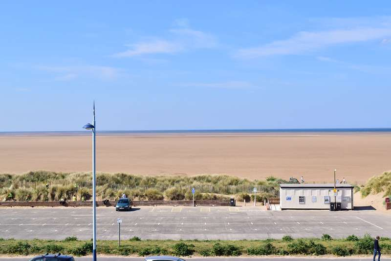 2 Bedrooms Apartment Flat for sale in 14-16 North Promenade, LYTHAM ST ANNES, FY8