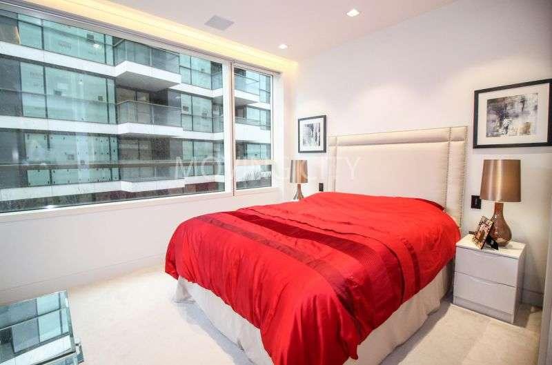 1 Bedroom Flat for sale in Tudor House, One Tower Bridge, SE1