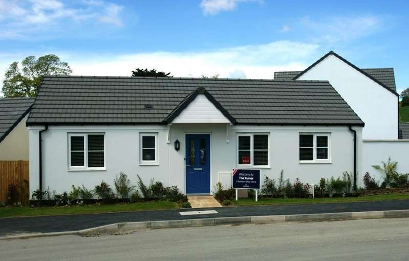 2 Bedrooms Bungalow for sale in Goodleigh Rise, Goodleigh Road, Barnstaple, EX32 7JR