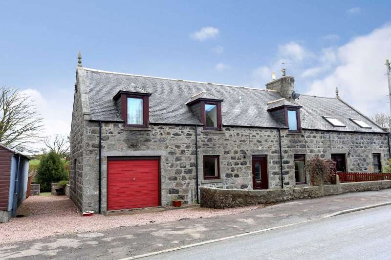 3 Bedrooms Semi Detached House for sale in Auchnagatt, Ellon, Aberdeenshire, AB41 8UR