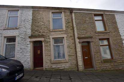 2 Bedrooms Terraced House for sale in Garnett Street, Darwen, Lancashire