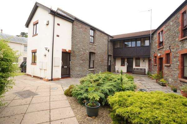 1 Bedroom Apartment Flat for sale in Sycamore House, Westerleigh Road, Downend, Bristol, BS16 6AZ