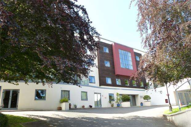 2 Bedrooms Flat for sale in Whitewater Court, 20 Station Road, Plymouth, Devon
