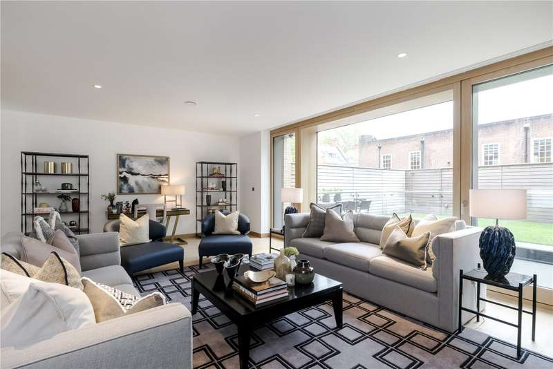 3 Bedrooms Flat for sale in Vicarage Gate, London, W8