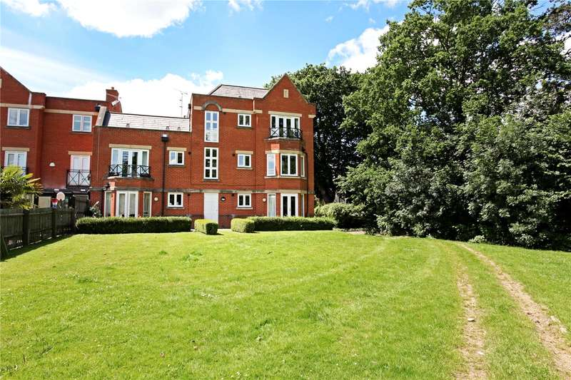 2 Bedrooms Flat for sale in Longbourn, Windsor, Berkshire, SL4