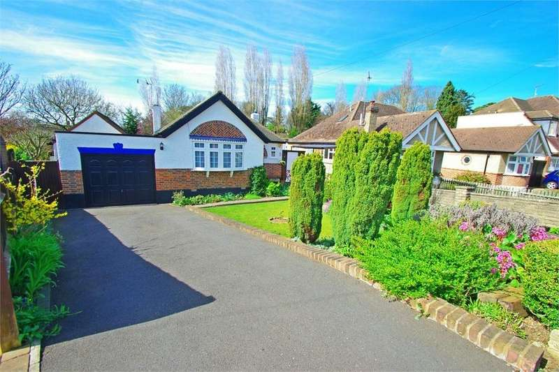 2 Bedrooms Detached Bungalow for sale in Strangeways, WATFORD, Hertfordshire