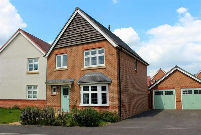 3 Bedrooms Detached House for sale in Goldcrest Road, Bracknell, Berkshire