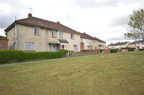 3 Bedrooms Semi Detached House for sale in LINDISFARNE ROAD, CORBY