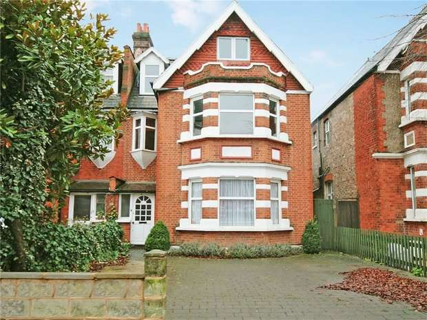 6 Bedrooms Detached House for sale in Twyford Avenue, Acton