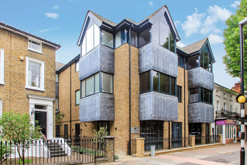 2 Bedrooms Flat for sale in Maple Road, Surbiton