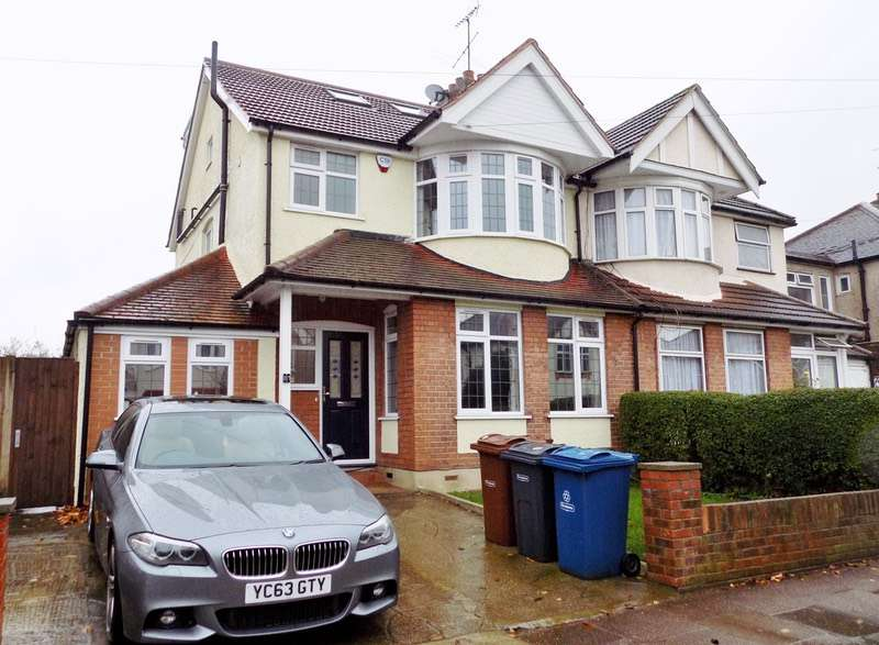 4 Bedrooms Semi Detached House for sale in Woodberry Avenue, Harrow, Middlesex, HA2