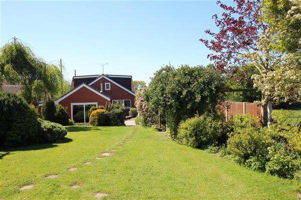 5 Bedrooms Detached House for sale in Lorien House, Nabs Head Lane, Preston