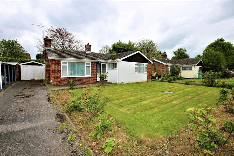 2 Bedrooms Bungalow for sale in Broadoak Avenue, Maidstone