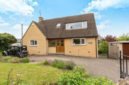 4 Bedrooms Detached House for sale in Cheltenham Road, Winchcombe, Cheltenham, Gloucestershire