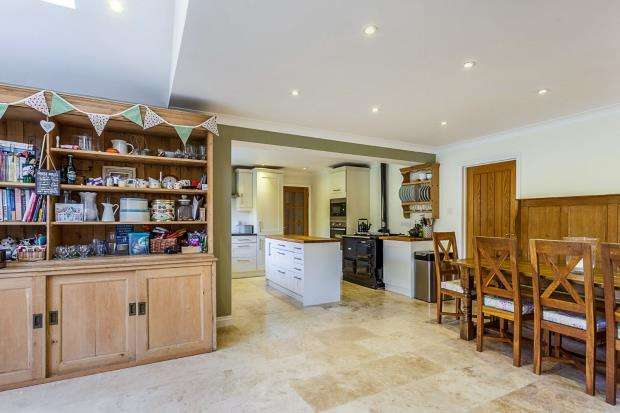 4 Bedrooms Detached House for sale in Stedham, Midhurst, West Sussex