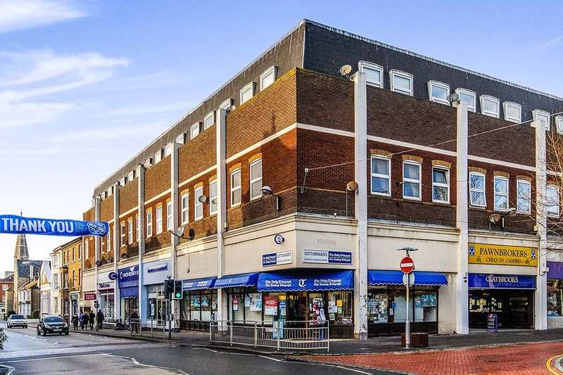 1 Bedroom Flat for sale in High Street, Herne Bay, CT6