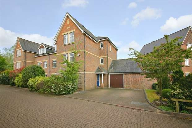 4 Bedrooms Semi Detached House for sale in Minister Court, Frogmore, ST ALBANS, Hertfordshire